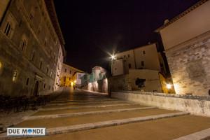 Notte_via_arringo_scalinata