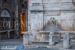 Fontana_Piazza_del_Mercato-7