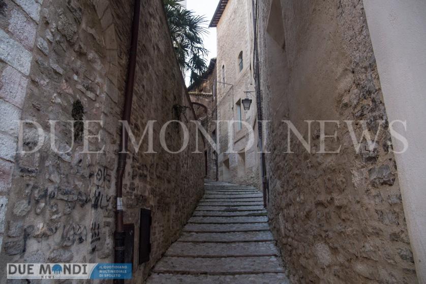 Vicolo_della_Basilica-1