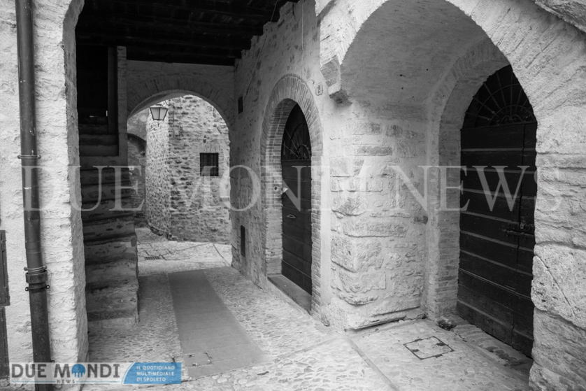 Vicolo_della_Basilica-7