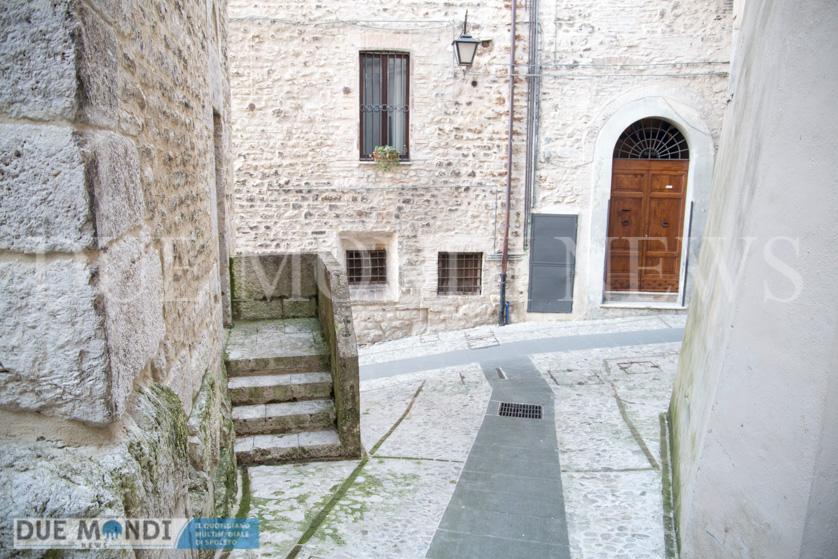 Vicolo_della_Basilica-8