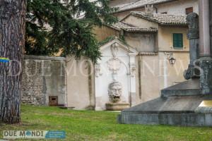 Fontana_del_Mascherone-1