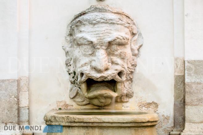 Fontana_del_Mascherone-13