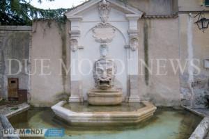 Fontana_del_Mascherone-3