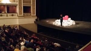 Teatro Famiglia 10