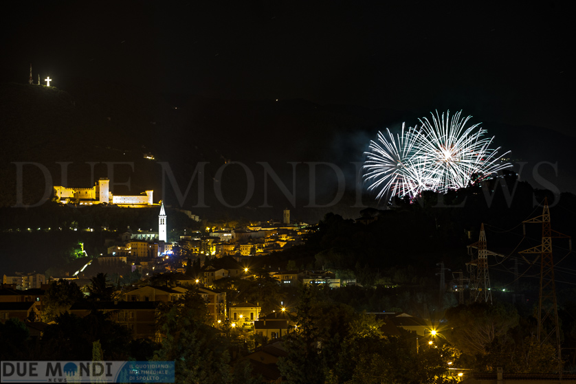 Fuochi_d_artificio_Spoleto61-2